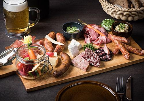 Die Wirtschaft Nürnberg - Wir sind stolz auf unsere fränkischen Genusshandwerker und unsere kulinarischen Traditionen. Kommt und probiert was sie zu bieten haben.